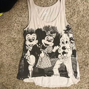 💜5/$15💜 Disney Medium Beige Tank Top Tunic